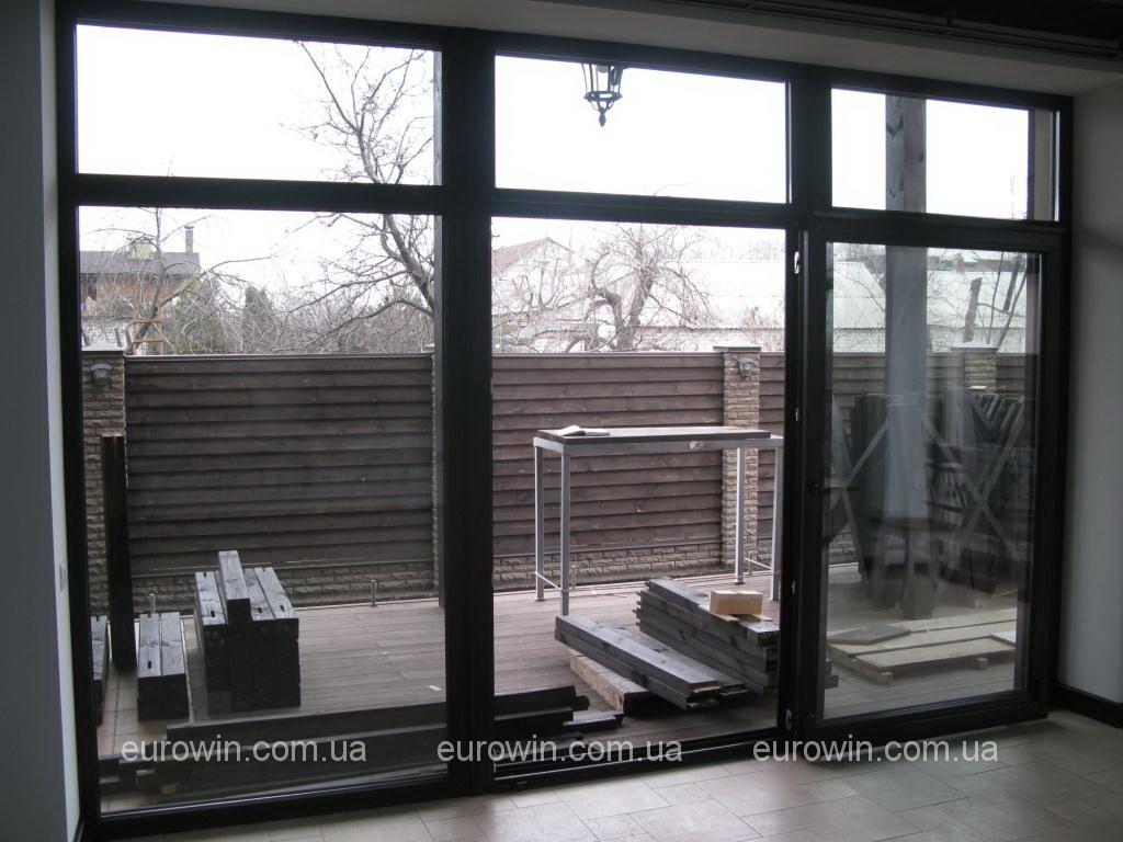 Коттедж-раздвижное-окно
